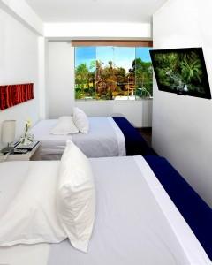 HOTEL-02879